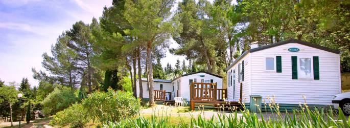 CAMPING LA PINEDE ***, mobil-homes en Occitanie