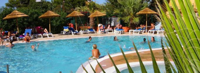 CAMPING INTERNATIONAL DE GIENS ****, mobil-homes en Provence-Alpes-Côte d'Azur